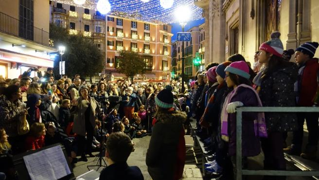 Encendido de luces en la sede del Consell de Mallorca