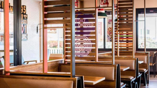 Imagen del nuevo restaurante de Burguer King inaugurado en Granada