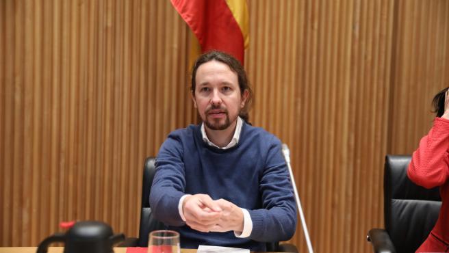 Pablo Iglesias y el periodista Enric Juliana participan en el diálogo `Nudo Espa