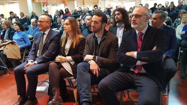 Los consejeros Felipe Faci y Maru Díaz asisten al pregón de la XXV Feria del Libro Aragonesa de Monzón por parte de Javier Sierra.
