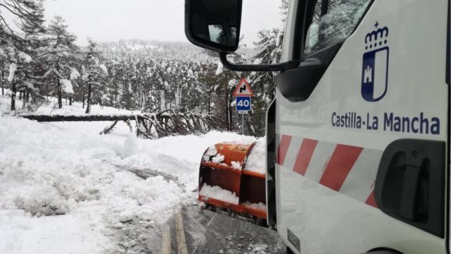 Vehículo de la Junta de C-LM en la nieve