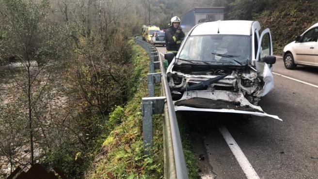 Accidente de tráfico en Belmonte de Miranda
