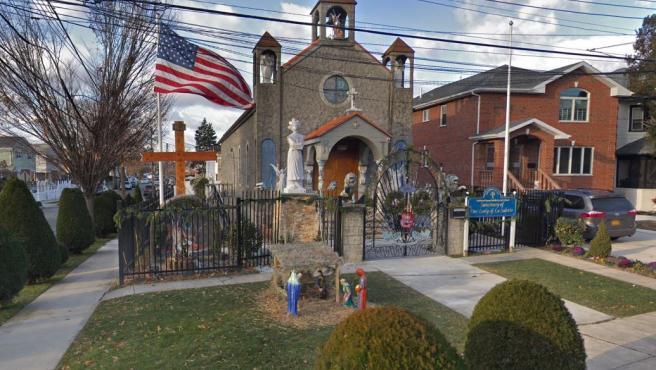 Iglesia de Our Lady of La Salette, en Bayside, Nueva York.