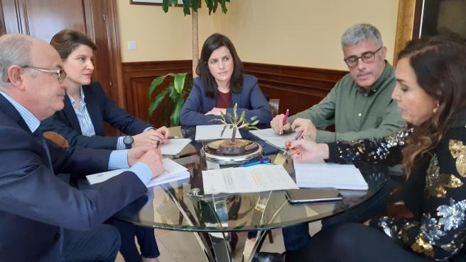 La subdelegada del Gobierno en Jaén, Catalina Madueño, en una reunión