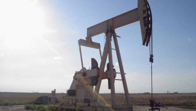 Imagen de archivo de un pozo de extracción de petróleo.