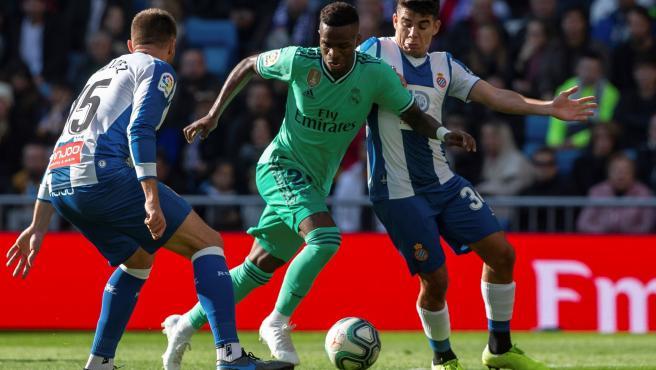 Vinícius, en una jugada del Real Madrid - Espanyol de LaLiga.