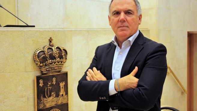 El diputado del PP en el Parlamento de Cantabria Lorenzo Vidal de la Peña