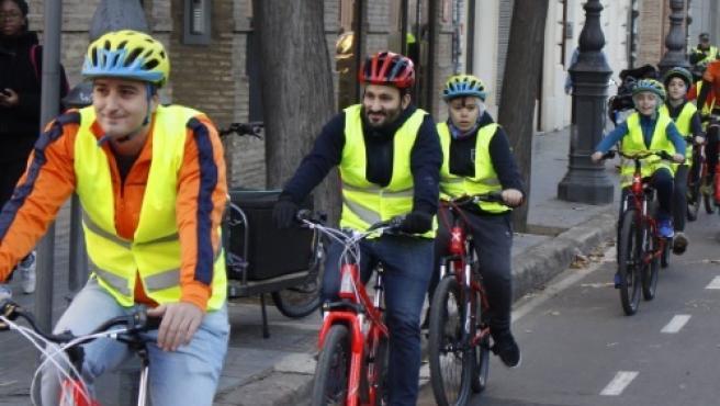 Unos 15.000 alumnos se acercan al ciclismo y a la movilidad sostenible con el nuevo programa educativo 'Aula C
