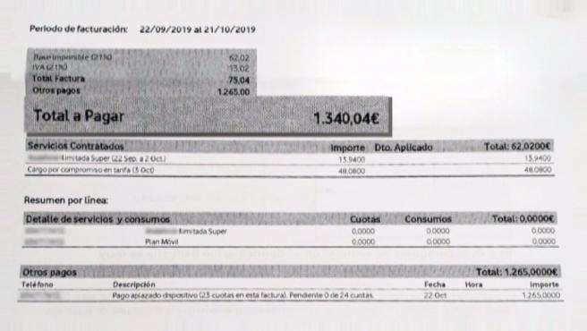 Medio año después de la muerte de un familiar reciben una factura de móvil de 1.340 euros a nombre del fallecido. Incluye la compra de un móvil y un contrato.