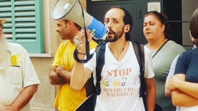 El portavoz de Stop Desahucios Mallorca, Joan Segura, en una protesta el pasado septiembre.