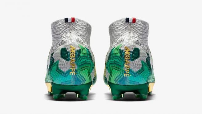 prima orgánico Obediente  Nike lanza las primeras botas 'marca Mbappé', en exclusiva para el francés