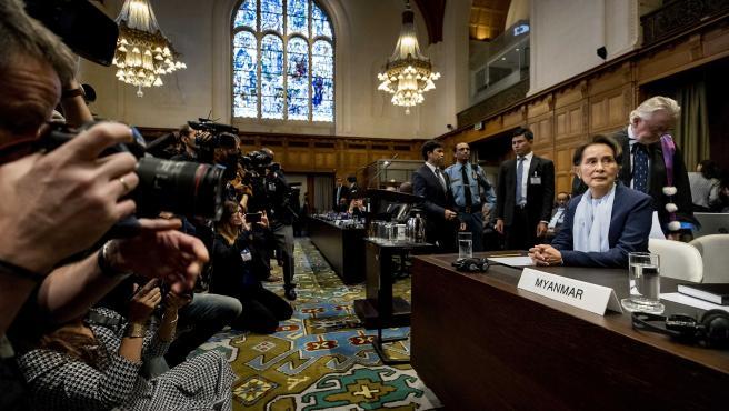 La premio Nobel de la Paz y líder de Myanmar, Aung San Suu Kyi, en su comparecencia este miércoles en la Corte Internacional de Justicia.