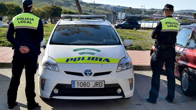Agentes de la Policía Local de Estepona (Málaga)
