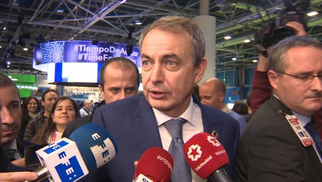 Zapatero confía en la negociación con ERC y la aplaude