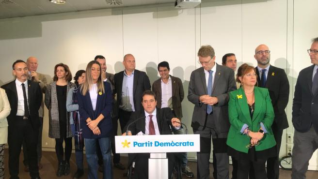 El pte.Del PDeCAT, David Bonvehí, con los miembros de la dirección del partido