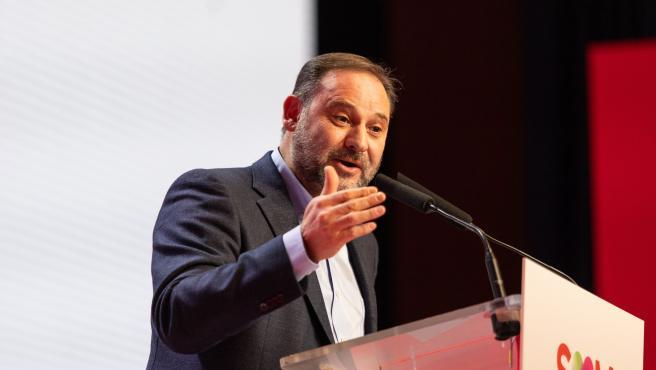 El secretario de Organización del PSOE y ministro de Fomento en funciones, José Luís Ábalos, en el 14 Congreso del PSC este domingo
