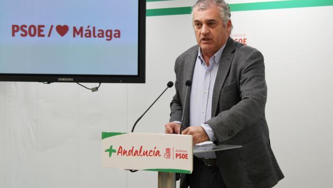 El coordinador del gabinete parlamentario del PSOE en Málaga, Javier Carnero