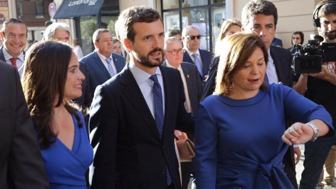 El líder del PP, Pablo Casado, a la seua arribada al Palau de la Generalitat Valenciana per als actes institucionals del 9 d'Octubre