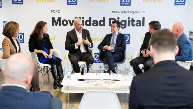 De izquierda a derecha: Mar García, Ángeles Marín, Javier Mateos, Jesús Morales, Enrique Diego y Luis Hernández.