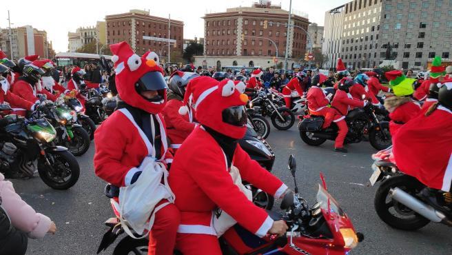 La marcha navideña de los moteros.