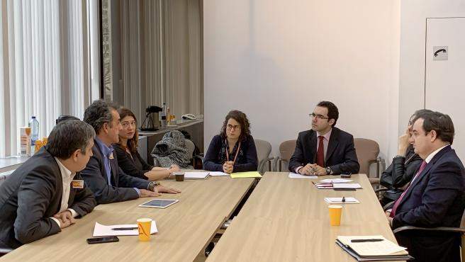 10:00 Sede de la REPER, Bruselas El consejero de Innovación, Industria, Transporte y Comercio, Francisco Martín, se reúne con representantes de las Comisiones de Energía, de Industria, y de Economía.