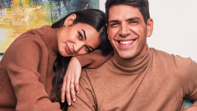 Estela Grande y Diego Matamoros posan juntos.