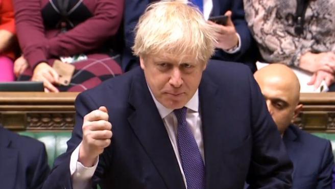 El primer ministro británico, Boris Johnson, en la Cámara de los Comunes, este viernes.