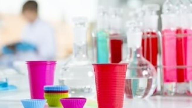Productos plásticos de alimentación.