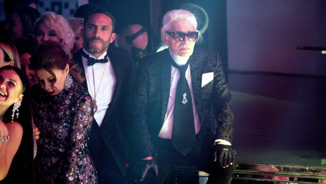 Imagen de Karl Lagerfeld y Sebastien Jondeau.