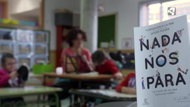 El libro de Javier Fesser se titula 'Nada nos para'.