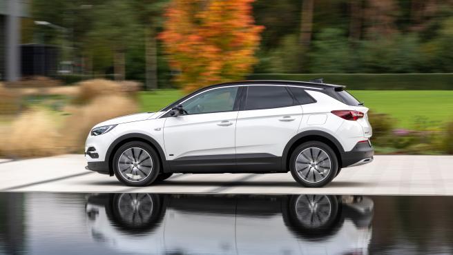 El nuevo híbrido de Opel: el Grandland X, enchufable y 4x4 Opel-grandland-x