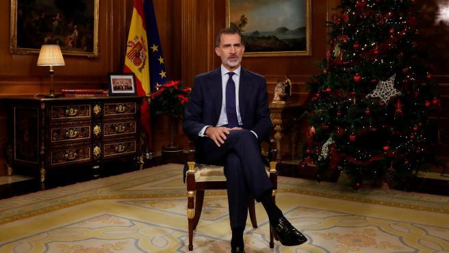 El rey Felipe VI, durante un momento de su tradicional discurso de Nochebuena.