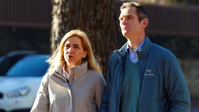 Iñaki Urdangarin y la infanta Cristina, de paseo por Vitoria.