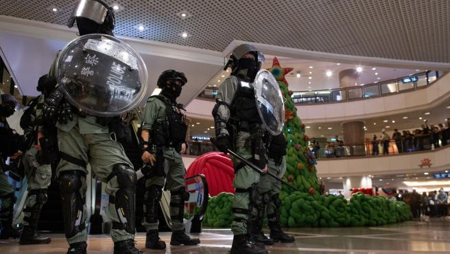 Policía y manifestantes tomaron un centro comercial