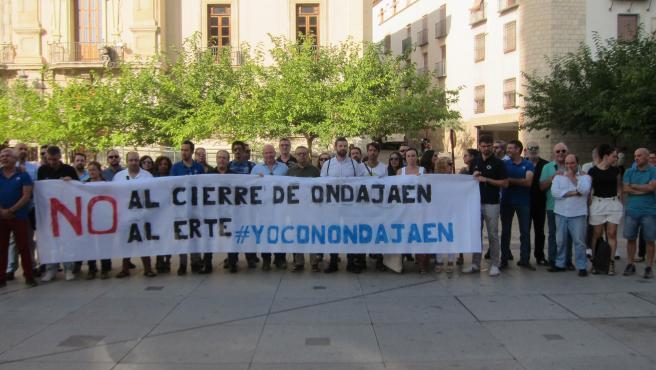 Concentración de trabajadores de Onda Jaén a las puertas del Ayuntamiento/Archivo