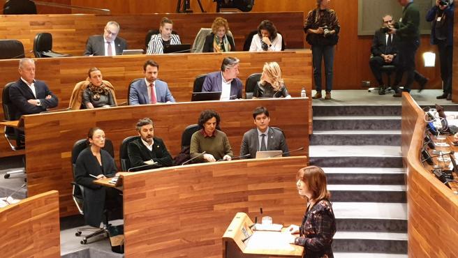 El grupo parlamentario del PP, al fondo