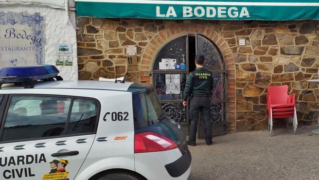 [Grupoextremadura] Rdo Nota Prensa La Guardia Civil Detiene A Los Autores Del Robo En Un Restaurante De Cheles, Gracias A La Colaboración Ciudadana