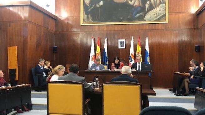 Pleno en el Ayuntamiento de Santander