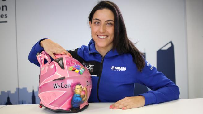 Nacida en Zamora el 5 de febrero de 1988, Sara García fue el año pasado la primera piloto española en correr en la categoría más dura del Dakar, la Original. Este año repite experiencia con Yamaha y con un objetivo claro: ser la primera mujer en acabar la prueba en esta modalidad en la que no hay asistencia.