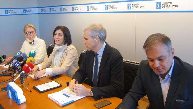 La delegada de la Xunta en Vigo, la conselleira de Territorio, el conselleiro de Industria y el director del IGVS durante la rueda de prensa