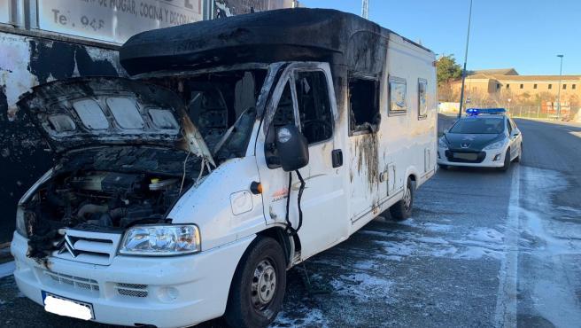 Caravana incendiada en Tafalla
