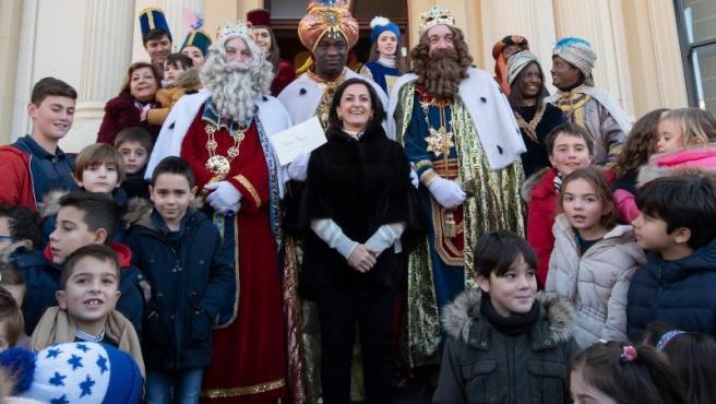 Concha Andreu recibe a los Reyes Magos