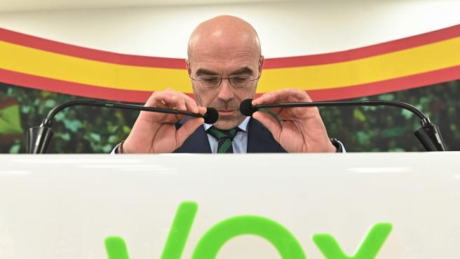 El eurodiputado de Vox Jorge Buxadé informa sobre el viaje de representantes de Vox a Bolivia.