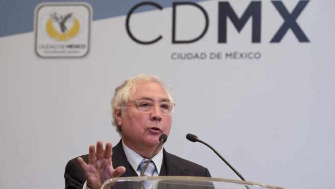 Manuel Castells durante un congreso en Ciudad de México en 2014.
