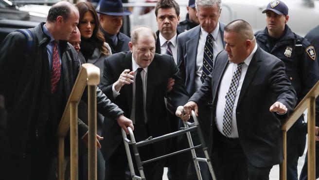 Harvey Weinstein a su llegada al juicio en Nueva York.