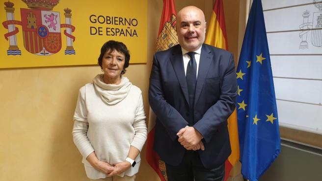 Mercedes Martín Y José Vicente Berlanga En La Reunión