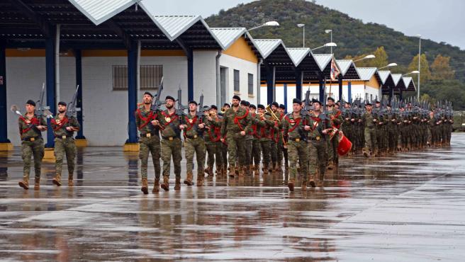 Parada militar en la base de Cerro Muriano (Córdoba) para despedir al contingente de la BRI X que se marcha a Letonia, celebrada en diciembre.