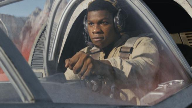 'Star Wars': John Boyega tiene un mensaje para sus haters