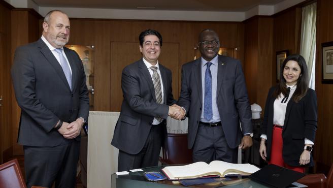 El Cabildo de Tenerife abre vías de cooperación con Mauritania en energías renovables, tecnología y conectividad