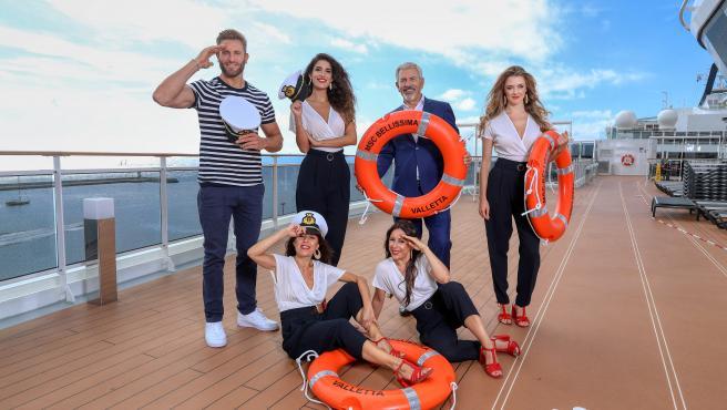 'First dates crucero'.